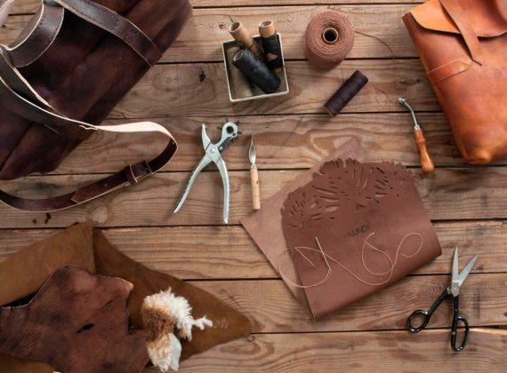 Xưởng đồ da thật handmade tại Hà Nội – sản phẩm da thứ thiệt đầy phong cách