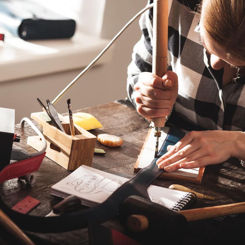 Bộ dụng cụ làm da handmade