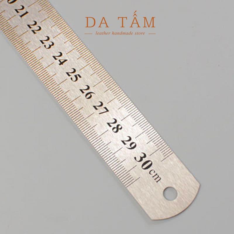 Thước kim loại 30cm