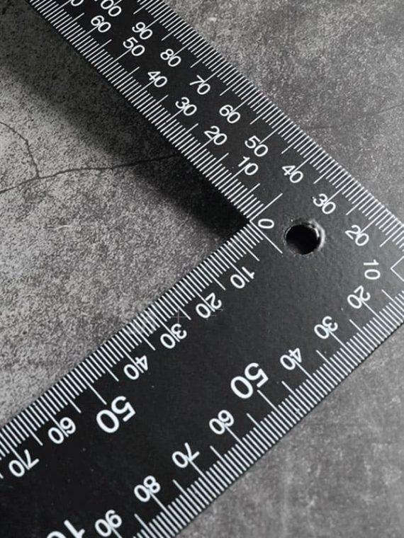 Thước vuông góc kim loại
