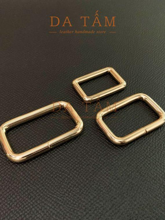 Khoen kim loại mạ vàng hình nhữ nhật